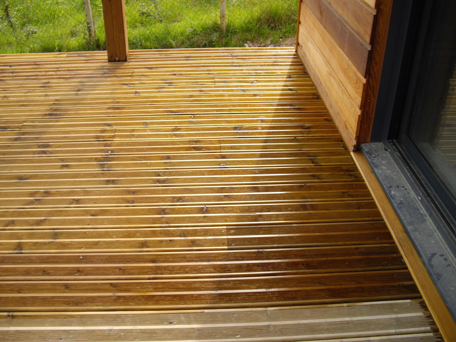 Traitement du bois lasure gedimat bechet for Carbonyle traitement du bois